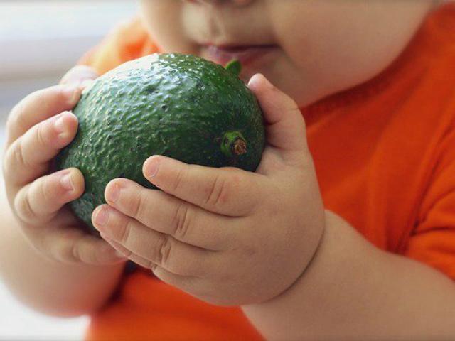 Trẻ 5 tháng tuổi ăn được hoa quả gì?