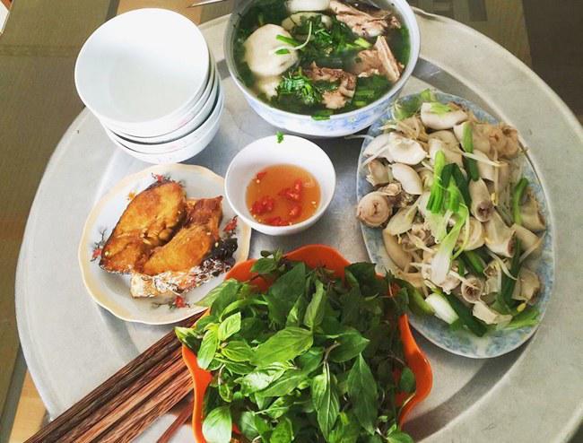 9x xinh dep chia se nhung bua com day ap mon ngon, chi 25 nghin dong/nguoi - 4