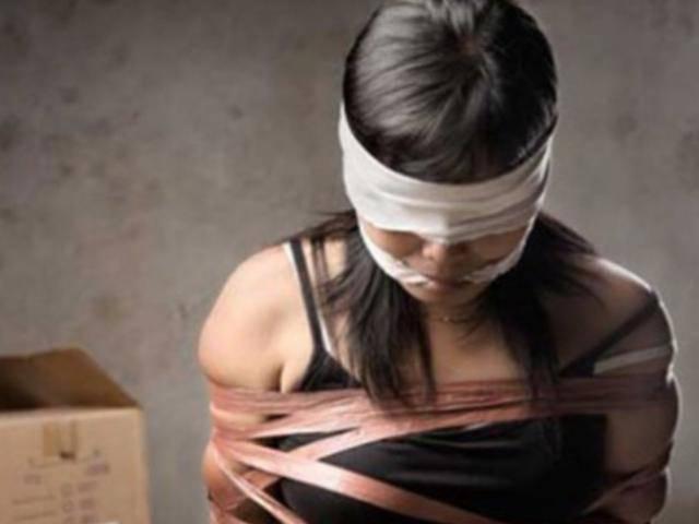 Hà Nội: Thiếu nữ 15 tuổi bị nhốt trong nhà hoang suốt 4 ngày đêm
