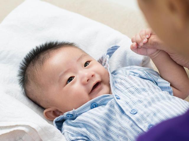 Trẻ sơ sinh có 6 dấu hiệu này sẽ rất thông minh, lớn lên dễ thành thiên tài