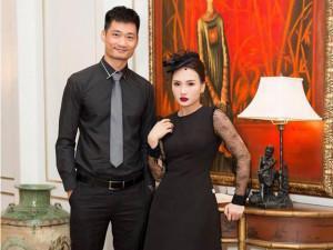 """Sao Việt 24h: Bảo Thanh """"đói méo mặt"""" vẫn cố chụp ảnh tạo dáng bên ông xã"""