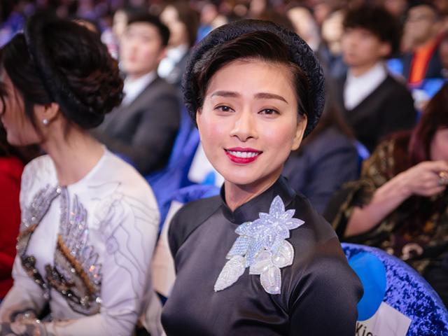 Ngô Thanh Vân: Tôi nghĩ, lấy chồng cũng... chả để làm gì cả!