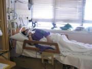 Ngực căng cứng, mẹ bầu 19 tuần tưởng sữa về nhưng không ngờ mắc bệnh suýt chết