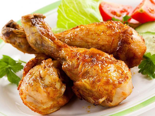 Mang bầu con trai, mẹ ăn thịt gà sẽ làm teo cậu nhỏ của em bé?