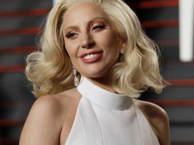 Nhiều năm đau đớn với bệnh lạ, nữ ca sĩ quái tính Lady Gaga trở lại ngoạn mục
