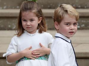 """Đám cưới Công chúa: Hoàng tử George và em gái làm phù dâu phù rể """"chuyên nghiệp"""" như đi thuê"""