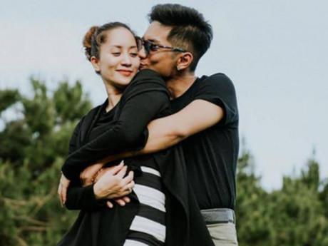 """Sau khi có con thứ 2, Phan Hiển từ """"vô tâm"""" bỗng ngôn tình như thế này với Khánh Thi"""