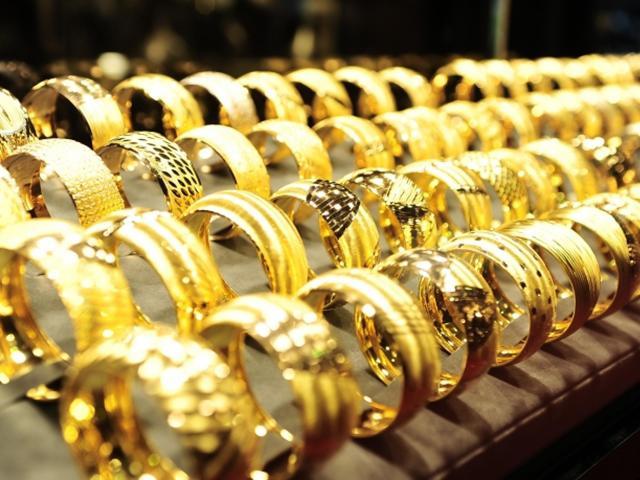 Giá vàng cuối tuần: Vì sao chuyên gia cho rằng giá vàng tăng mạnh tuần tới?