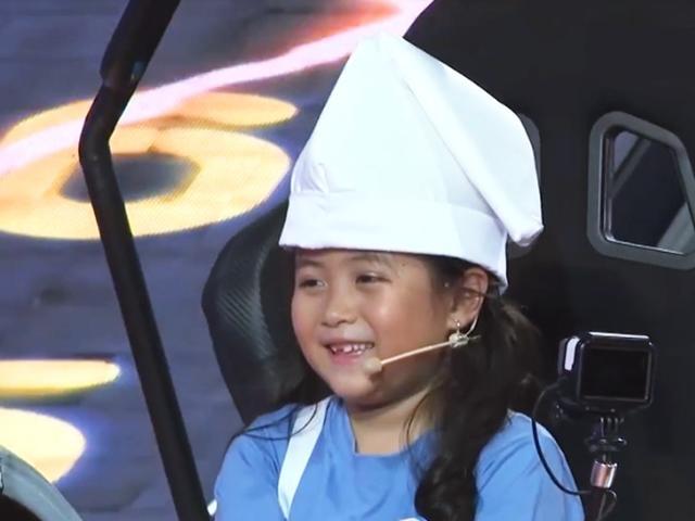 Chỉ còn đúng 1 câu hỏi, con gái Hân Gạo Nếp Gạo Tẻ đã vô địch Nhanh như chớp nhí