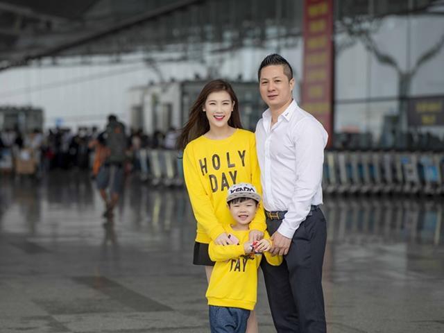 Ông xã Hoa Hậu Phí Thùy Linh bịn rịn tiễn vợ con đi Hàn Quốc