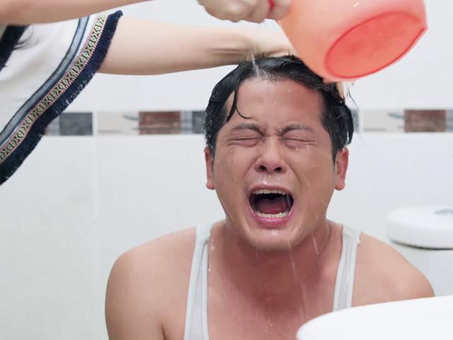 Gạo Nếp Gạo Tẻ: Giả bệnh để níu kéo vợ cũ, gã chồng bội bạc bị tống cổ khỏi nhà