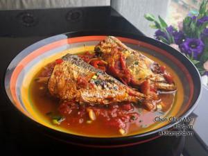 Cá bạc má kho cà chua đậm đà, béo ngậy chưa kịp ăn thêm nồi cơm đã hết veo