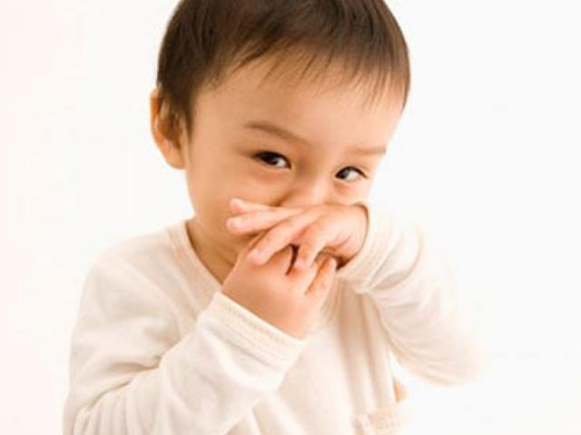 Chuyên gia hướng dẫn cách xử lý khi trẻ bị nghẹt mũi