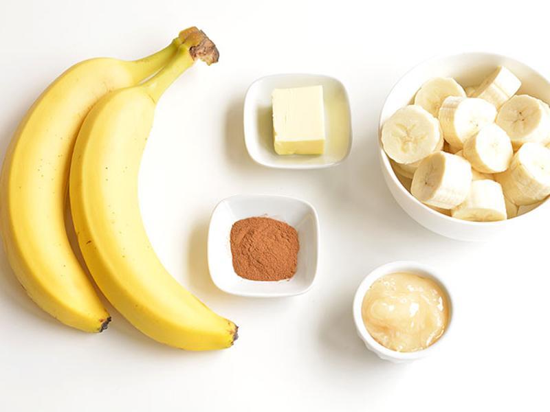 Chuối là thực phẩm có giá rẻ nhưng lại cực kỳ tốt cho mẹ bầu và em bé. Loại trái cây này có thể cung cấp năng lượng ngay lập tức, giúp ngăn ngừa những cơn chuột rút khó chịu và còn giảm triệu chứng ốm nghén cho bà bầu.
