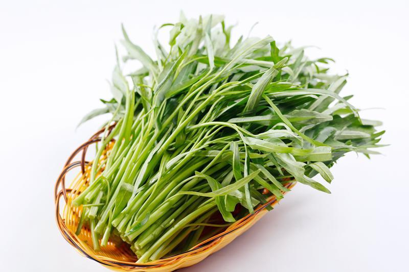 Rau muống là loại rau rất bổ dưỡng, tốt cho sức khỏe nhưng nếu ăn không biết cách, nó sẽ làm ảnh hưởng đến sức khỏe của gia đình bạn. Dưới đây là một số sai lầm chị em mắc phải khi nấu rau muống cho cả nhà.