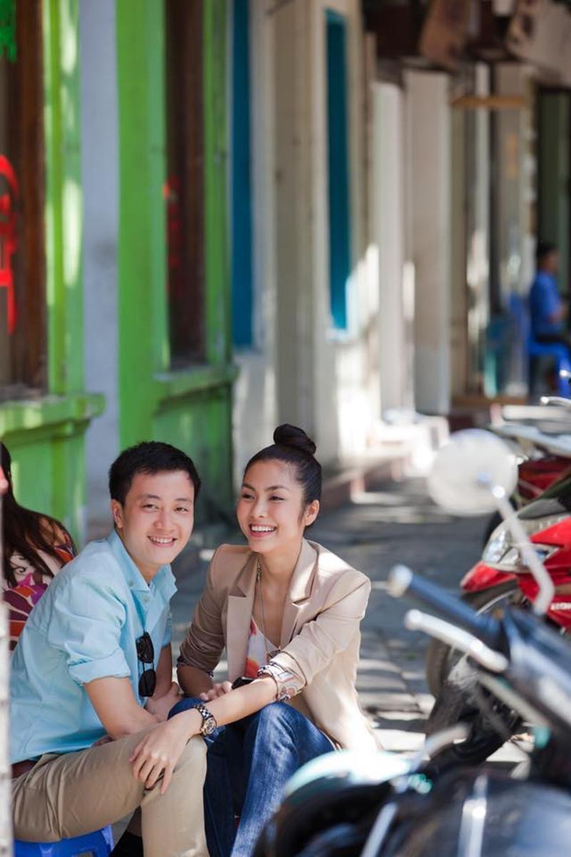 Đây là bộ ảnh chụp vào tháng 10 năm 2010, nhân dịp cả hai ra dự liên hoan phim quốc tế Hà Nội.