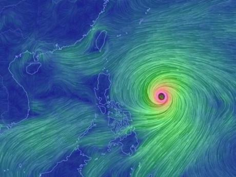 Siêu bão Yutu sẽ tiến vào Biển Đông với sức gió mạnh dần lên cấp 15