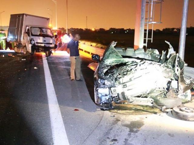Tai nạn thảm khốc ở cao tốc Quảng Ninh - Hải Phòng, nhiều người thương vong