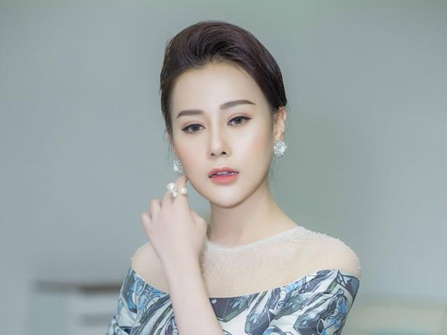 Diễn viên Phương Oanh sang chảnh khoe vẻ đài các sau phẫu thuật thẩm mỹ