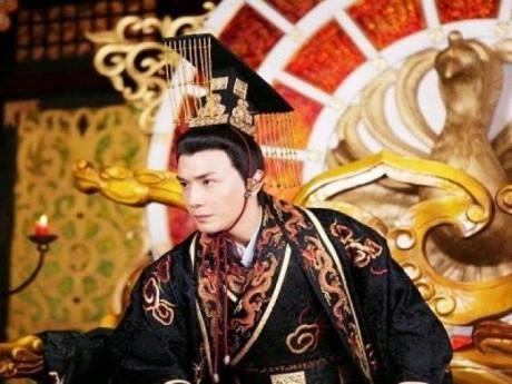 Bí ẩn lời nguyền đoản mệnh vô sinh ám ảnh các đời Hoàng đế Minh triều