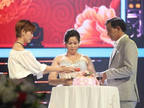 Liêu Hà Trinh rơi lệ trước câu chuyện mẹ con xa nhau hơn 10 năm vì hoàn cảnh đặc biệt
