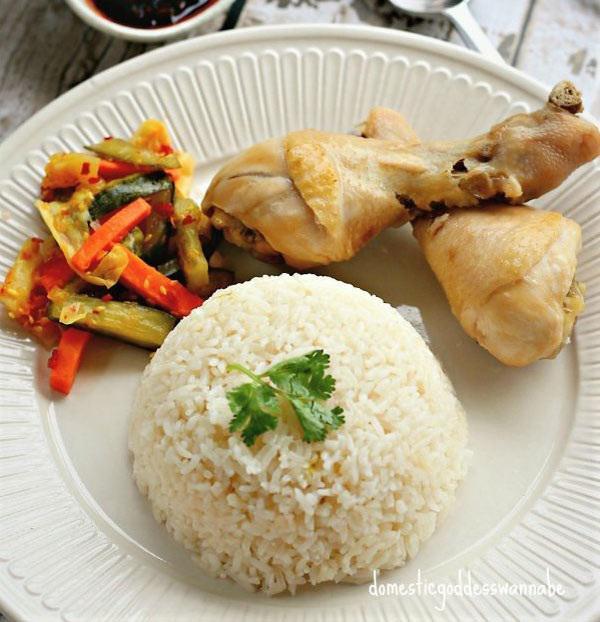 Cho gà và nồi cơm, mẹ chồng nổi giận mắng con dâu lười biếng cho đến khi thấy thành phẩm