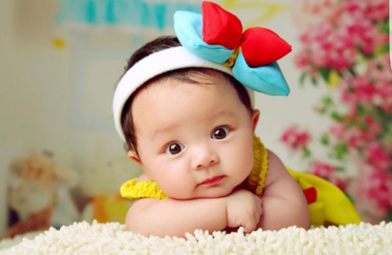Em bé sinh tháng 1 năm 2019 sẽ là người thông minh, giỏi giang, tài trí hơn người. Về tính cách, bé là người nhanh nhẹn, quyết đoán, có ước mơ, hoài bão và luôn cố gắng không ngừng để hoàn thành nghiệp lớn.