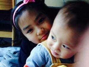 Mẹ Nhật Linh: Chồng tôi bảo Chắc con lạnh lắm, hay mình bầu, không ngờ đẻ con gái