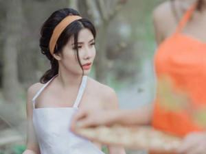 4 bộ ảnh mặc như khỏa thân của hot girl, Á hậu khiến MXH sôi sục