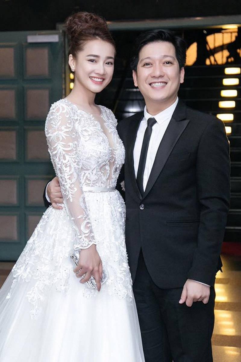 Thông tin NhãPhương cưới chạy bầu đã rộ lên từ trước khi nữ diễn viên tổ chức đám cưới cùngdanh hài Trường Giang từ hồi tháng 9.