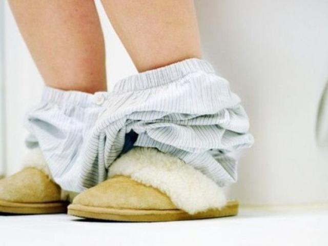 Người phụ nữ bị nhiễm trùng tiết niệu, BS khuyên sau khi yêu phải làm một việc để tránh bệnh