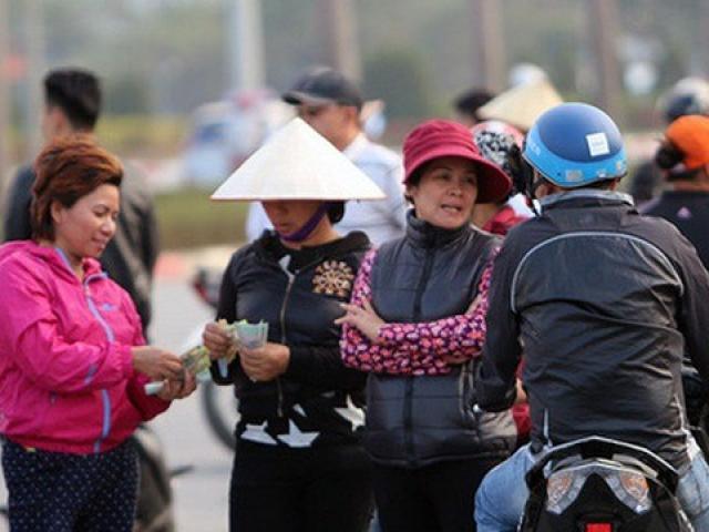AFF 2018: Việt Nam gặp Malaysia, phe vé vẫn tung hoành, giá vé trên trời