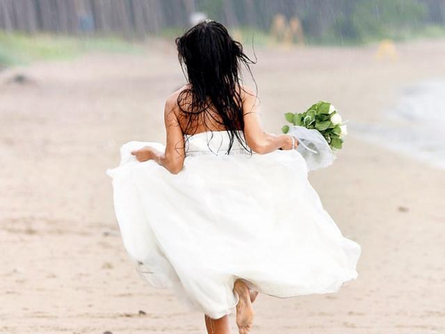 Cô dâu 19 tuổi bỏ trốn ngay trước ngày cưới, khi trở về đòi phá thai cùng tuyên bố sốc