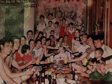 """4 gia đình con đàn cháu đống đông nhất Việt Nam, riêng """"vua đẻ"""" có tới 2 vợ, 21 con"""