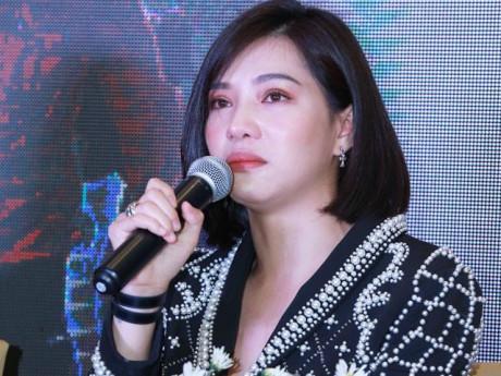 """Giải trí - Bất chấp bị tẩy chay vì scandal giật chồng, Lưu Đê Li: """"Cứ yêu hết mình, sai thì làm lại"""""""