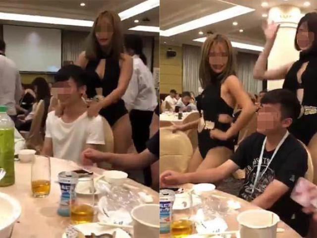 Thấy bạn trai bị vũ nữ sexy tiếp cận, cô gái có hành động vô cùng bất ngờ
