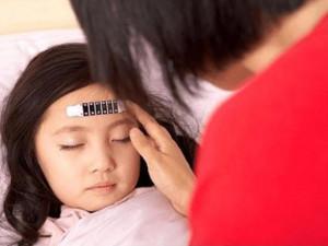 Trẻ bị sốt virus: Dấu hiệu nhận biết và cách xử lý hiệu quả