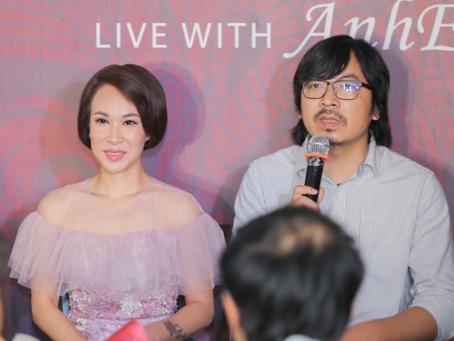 Uyên Linh là giọng ca mở đầu cho chuỗi chương trình ngồi nhà nghe nhạc với Cù Trọng Xoay