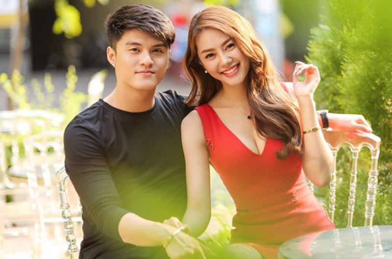 Chưa tròn một năm sau khi công khai tình cảm, Linh Chi và Lâm Vinh Hải đã ai đi đường nấy. Cũng giống như khi họ đến với nhau, cuộc chia tay này cũng khiến dư luận sục sôi.