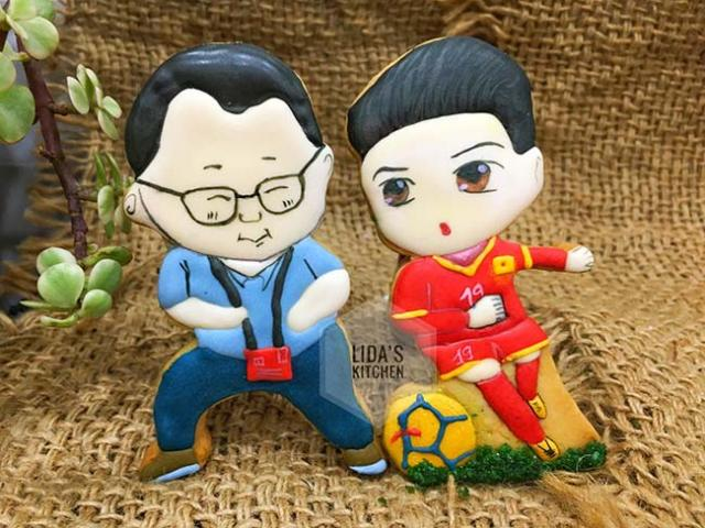 Phát sốt với bánh quy hình HLV Park-Hang-seo, Quang Hải của 8x chúc VN vô địch AFF Cup