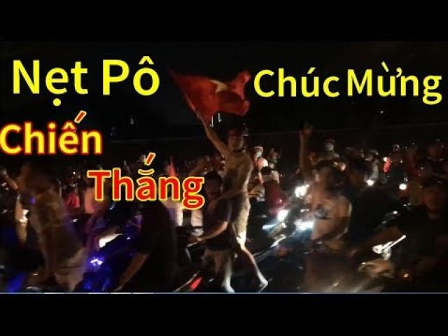 Nẹt bô mừng chiến thắng ĐTQG Việt Nam, thanh niên nhận cái kết... méo miệng
