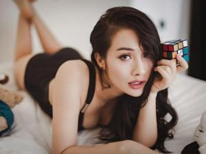 """Yaya Trương Nhi khoe body """"vạn người mê"""", tự nhận mình ế vì quá sexy"""