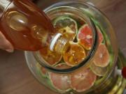 """Sức khỏe - 6 sai lầm khi ngâm chanh đào mật ong trị ho khiến nó thành """"chất độc"""", hại sức khỏe"""