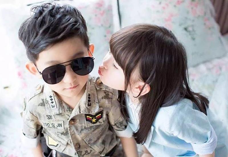 """Hầu hết các bậc cha mẹ đều muốn sinh một cặp - một bé trai một bé gái, """"có nếp có tẻ"""" để được hưởng trọn vẹn cảm xúc chăm con trai và con gái."""