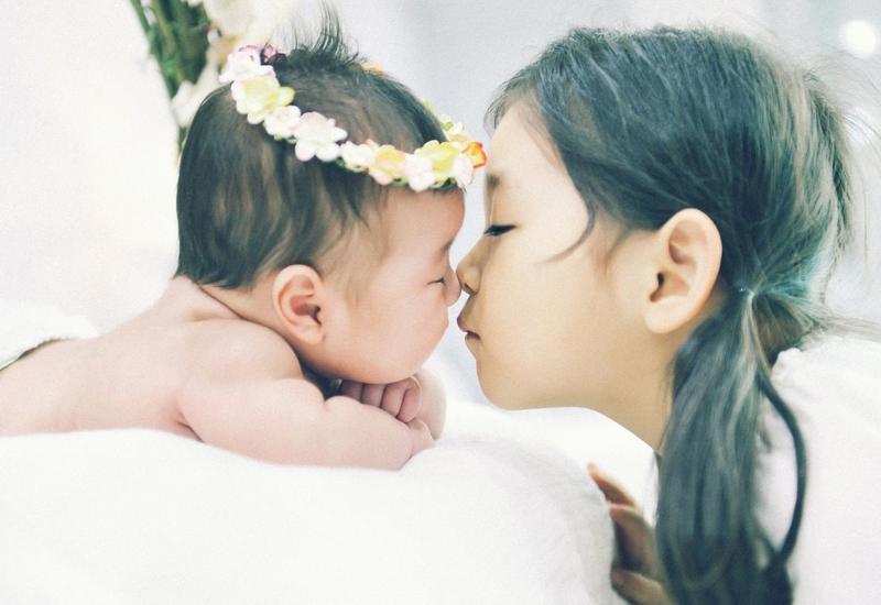 Người mẹ tuổi Ngọ sinh con gái sẽ bứt phá ngoạn mục, không cần phải đợi quá lâu tài lộc sẽ nhanh chóng tìm đến, không thành đại gia cũng đủ khiến người khác ngưỡng mộ không ngừng.