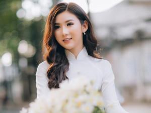 Trần Tuyết Nhung thướt tha áo dài nữ sinh, nhớ kỉ niệm thời còn đi học