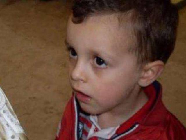 Phát hiện cuộc tình vụng trộm của mẹ và ông nội, cậu bé 8 tuổi bị sát hại