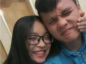 Sao Việt 24h: Bật cười trước động thái của Quang Hải dành cho người yêu sau trận thắng Philippines