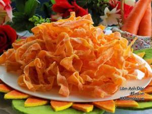 Làm mứt cà rốt không cần nước vôi trong đơn giản mà ngon đón Tết