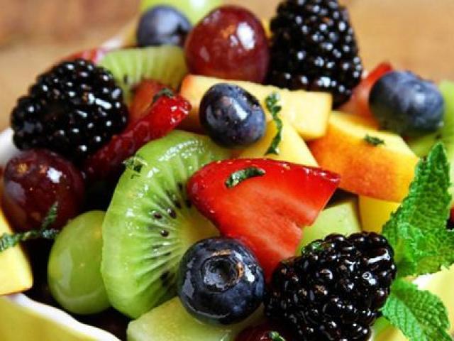 Ăn hoa quả trước hay sau bữa ăn? Nhiều người sẽ bất ngờ khi bản thân đã mắc sai lầm